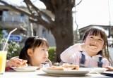 Bữa sáng nhanh, giàu dinh dưỡng cho trẻ