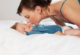 Trẻ đái dầm ban đêm: Mẹo trị tận gốc