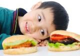 Những sai lầm khi ăn sáng khiến con kém thông minh